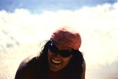 bandana girl (omnia_mutantur) Tags: sea woman holiday beach girl smile face smiling lady female tooth hair glasses donna mujer chica teeth femme mulher cara cabeza nana sorriso sonrisa bandana fille viso rostro ragazza molas occhiali oculos dentes faccia volto jeunefille denti occhialidasole jeunefemme femmina