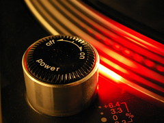 Switcher (Bulsti) Tags: schalter switcher onoff turntable plattenspieler party night nacht dj mixen mixing auflegen 1210 technics technics1210 club c
