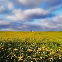 Horizon* (Imapix) Tags: voyage travel sky canada art nature field topc25 clouds canon landscape photography photo topf50 bravo foto photographie image quebec québec imapix topfavpix gaëtangbourque gaëtanbourque copyright©2006gaëtanbourqueallrightsreserved gaetanbourque pix50 pix100 imapixphotography gaëtanbourquephotography