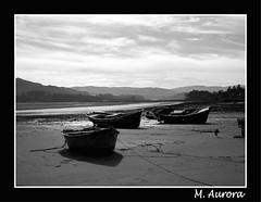 Barcas en bajamar (Aurora3) Tags: 2005 españa asturias otoño barcas villaviciosa ria marinas asturies aurofot elpuntal bonhome