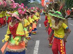 Sinulog Grand Parade 2006 [22] (wantet) Tags: sinulog sinulog2006 stoniño streetdancing fiesta festival mardigras cebu sugbo philippines asia pitsiñor wantet