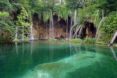 Plitvice Lakes - Turquoise Pool (acastellano) Tags: green nature topf25 water pool topv111 topv2222 wow waterfall top20np nationalpark topf50 topv555 topv333 topf75 europe turquoise topv1111 topv999 lakes croatia topf300 unesco explore topv5555 topv777 topf150 topv3333 topv4444 topf100 emerald topf250 topf200 bluegreen worldheritage jesters plitvice interestingness2 topv6666 topv7777 firstquality cotcbestof2004 diamondclassphotographer flickrdiamond lpwater2 lpgreen gi1