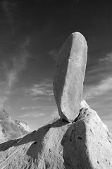 The Rock at the Edge of the Earth (Toby Keller / Burnblue) Tags: california toby bw beach keller top20bw d70 tobykeller 1118mm burnblue