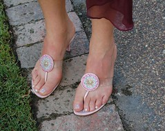 Kerry's Sandals (RobW_) Tags: wedding feet scott southafrica shoes sandals 2006 kerry february stellenbosch spier moyo feb2006 04feb2006 pieret sethlara