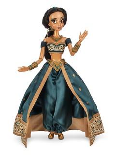 Jasmine LE 17'' Doll - Disney Store Facebook Image - 2015-07-02