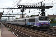 SNCF 7241 (Will Swain) Tags: travel france station train de french europe gare maisons south transport july rail railway trains vert des east le railways 13th franais socit parisian sud fer est sncf nationale 2015 chemins 7241