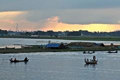 Mandalay - Amarapura - Lake Taungthaman - View from U Bein Bridge (zorro1945) Tags: laketaungthaman amarapura mandalay myanmar burma asia asie lake sunset sundown dusk eveninglight stormclouds boats