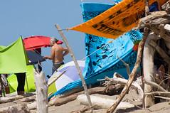 Tutto a colori (claudiachec) Tags: parco spiaggia maremma teli colorati alberese