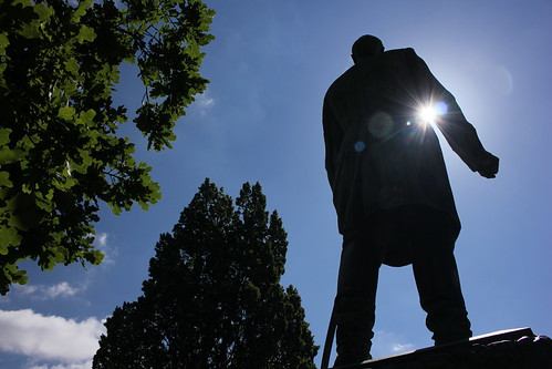 "Bismarck im Hiroshima-Park (04) • <a style=""font-size:0.8em;"" href=""http://www.flickr.com/photos/69570948@N04/18709064152/"" target=""_blank"">Auf Flickr ansehen</a>"