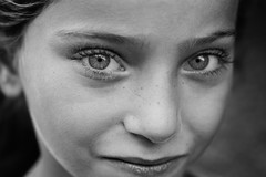 The eyes of beauty innocence (Giulio Magnifico) Tags: macro girl beauty look turkey eyes arabic syria gaze gaziantep syrian nikond800e nikkormicro105mmafsvrf28 da3sh