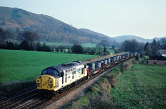 3 more oldies 2nite...I do miss the opportunity to visit the Marches to phot and enjoy the growlage of the tractors workin hard on these services....6S47 37037 Gartcosh 13-25 Margam-Mossend Dudgley Mill (Church Stretton) 08-04-1992 (the.chair) Tags: 6s47 37037 gartcosh margammossend coils dudgley mill church stretton april 1992