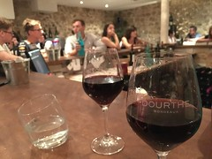 Love these winebars in Bordeaux!