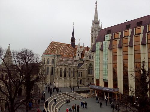 Igreja com telhado colorida, Budapeste
