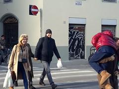 #Firenze #streetphotography #photographiederue #streetphotographysp #streetmoscow #streetokyo #photodubai #streetphotographyrj #Ramallah #streetberlin #igersmalaysia #streetchina #fotodistrada #TLV #Sidney #Toronto #todayinflorence #architecturestreet #st (dimitri.lomartire) Tags: streetchina streetberlin streetokyo streetphotography ramallah streetphotographyrj igersmalaysia tokyo todayinflorence streetphotographysp streetmoscow london toronto tlv newyork paris sidney losangeles fotodistrada architecturestreet firenze photodubai photographiederue