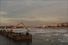 Frosty sunset (Renex68) Tags: batthyánytér frosty odc driftice jégzajlásadunán danube víziváros i district