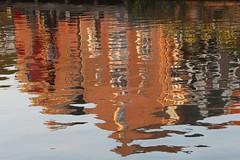 Painting on water_IMG_7413 - Web (Marilely) Tags: spiegelbild niederlande häuser farben wasser bewegung colours water movement reflectionnetherlands canal