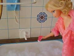 A Bubble Bath for Barbie (Retro Mama69) Tags: fashion vintage toy bathroom mod bath doll furniture barbie retro bubble curl lovely quick frade diorama sleepin 1463