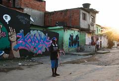 Vila Penteado (Maysa Marin) Tags: graffiti art streetart street streetphotography child color urban town city sunset