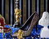 Versailles (ophelie_photo1) Tags: chambre fujichrome provia100f fujifilm 4x5 chaussure or doré louisxiv versailles escarpin sinarf paillettes lys bleu rouge diamants perles