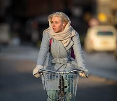 Copenhagen Bikehaven by Mellbin - Bike Cycle Bicycle - 2017 - 0012 (Franz-Michael S. Mellbin) Tags: accessorize biciclettes bicycle bike bikehaven biking copenhagencyclechic copenhagenize cyclechic cyclist cyklisme fahrrad fashion people street velo velofashion københavn capitalregionofdenmark denmark dk