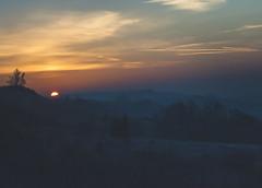 Lever de soleil (Chloé +++) Tags: sunrise hill lever de soleil midipyrénées occitanie france morning matin sun clouds nuages ciel sky colline orange blue bleu canon os400d paysage landscape panorama panoramique