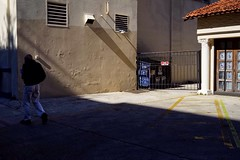 (whaynedmg) Tags: shadowsandlight sonyalpha documentarystreetphotography candid colorstreetphotography streetphotography