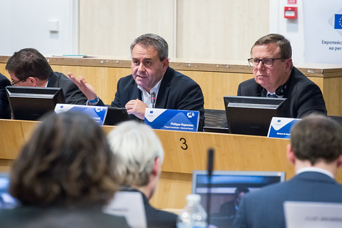 Investing in Europe: building smart cities and regions