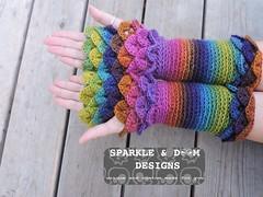 crocodileMitts 02b (zreekee) Tags: crochet sparkledoomdesigns saskatchewan rainbow mitts bonitadesigns