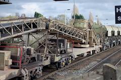 92546 Kettering 280315 (Dan86401) Tags: stone wagon sdt 92 freight lafarge kettering kja mml aggregates 92546 selfdischargetrain redlandaggregates conveyorwagon standardwagon 6c60 reda92546