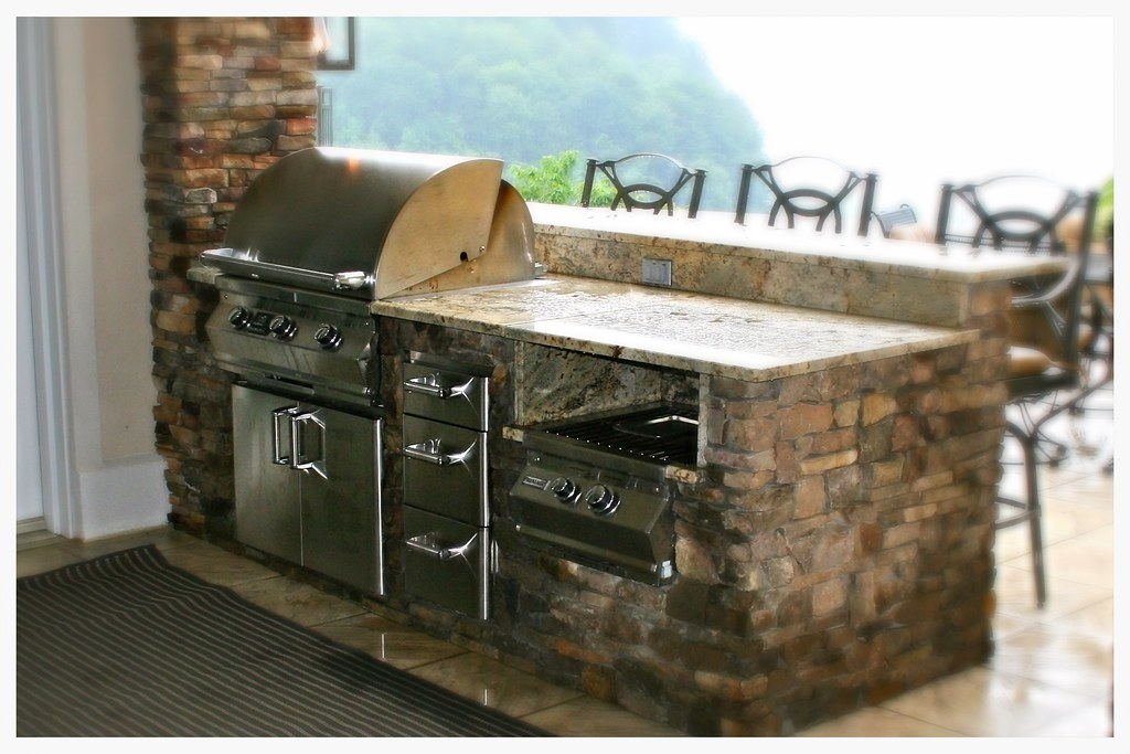 Custom Fire Magic Outdoor Kitchen, Lookout Mountain, Tn.