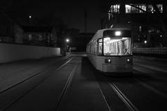 Kupfergraben - Berlin Mitte (elisachris) Tags: berlin mitte kupfergraben tram nacht night dark nachtfotografie blackandwhite schwarzweis bw ricoohgr