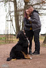 DSC_1059 (Picure-S) Tags: couple chien bouvier bernois mignon parc famille bisou baiser bisous calin