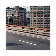 (roberto_saba) Tags: kiev88cm kiev carlzeissjena zeiss flektogon mediumformat 6x6 120 kodak portra 400 newyork nyc ブローニー manhattanbridge bridge brooklyn brooklynbridge dumbo