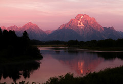 IMG_9562A First Light (cmsheehyjr) Tags: cmsheehy colemansheehy nature scenery landscape oxbowbend grandtetonnationalpark mtmoran wyoming mountain tetons reflection snakeriver