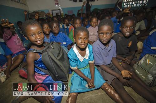 "school lunzu malawi • <a style=""font-size:0.8em;"" href=""http://www.flickr.com/photos/132148455@N06/18475120824/"" target=""_blank"">View on Flickr</a>"