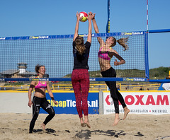 O6065347 (roel.ubels) Tags: beach sport beachvolleyball volleyball vlissingen volleybal beachvolleybal eredivisie 2015 topsport