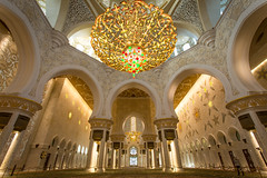 Interior of the Mosque (Aaron Miller - Postcard Intellect) Tags: abudhabi unitedarabemirates sheikzayedmosque