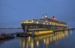 Queen Mary 2 in Liverpool (Explored 04/07/15) (Jeffpmcdonald) Tags: liverpool cruiseship queenmary2 cunard rivermersey nikond7000 jeffpmcdonald july2015 liverpoolcruiselinerterminlal