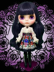 "💜Blythe Adores Anna!💜 Had to rush an indoor pic. Couldn't wait for daylight tmo. ""Hey Anna Sui! I have your doll!! We're buds now right? Wanna hang out and design clothes for her?!"" Forgive me. I'm a little excited."