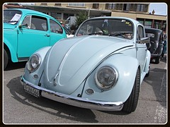 VW Beetle (v8dub) Tags: vw beetle volkswagen fusca maggiolino käfer kever bug bubbla cox coccinelle schweiz suisse switzerland fribourg freiburg german pkw voiture car wagen worldcars auto automobile automotive aircooled old oldtimer oldcar klassik classic collector