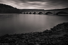 Ladybower Reservoir Black & White (Joe Panter) Tags: water dam bridge peak district longexposure 10stopper canon canon5dmkiii joepanter castleton ladybowerreservoir ladybower reservoir bamford lights landscapelandscapesgreatbritain