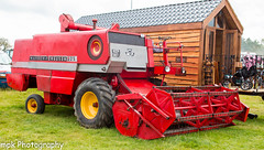 Cromford Steam Rally 2015 (Mick PK) Tags: uk england derbyshire events places 1970 cromford eastmidlands cromfordsteamrally masseyferguson cromfordsteamrally2015 masseyferguson525combine