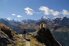 Val d'Aosta - Valsavarenche: vallone di Levionaz, le calde luci pomeridiane (mariagraziaschiapparelli) Tags: valdaosta valsavarenche levionaz casolaridilevionaz montagna mountain allegrisinasceosidiventa camminata escursionismo autunno pngp parconazionaledelgranparadiso