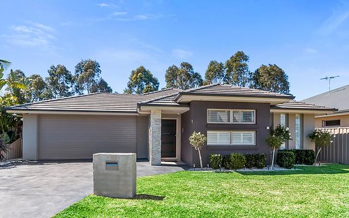 13 Fysh Ave, Middleton Grange NSW 2171