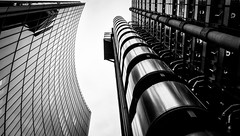 Lloyds of London [Explored] (Matthew Johnson1) Tags: london lloyds lloydsoflondon architecture curve pov low explore