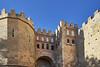 Bajo las murallas de Segovia 2 - Puerta de San Andrés_DxOVP (CarlosJ.R) Tags: segovia españa castilla murallas