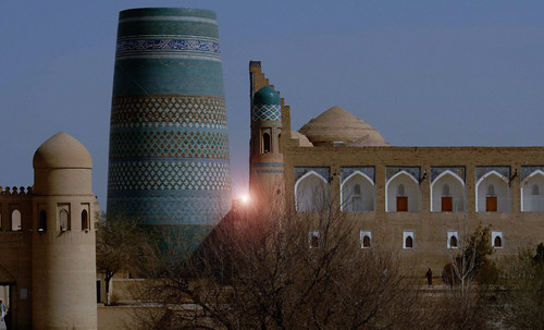 "Torres legendarias / Faros, minaretes, campanarios, rascacielos • <a style=""font-size:0.8em;"" href=""http://www.flickr.com/photos/30735181@N00/32155281530/"" target=""_blank"">View on Flickr</a>"