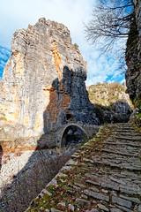 Kokkori's stone bridge, Zagori, Greece (George Fournaris) Tags: γεφύρι bridge stonebridge kokkori noutsiou κόκκορη κόκκορου zagori zagorochoria zagorohoria