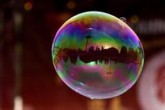 Nella bolla (luporosso) Tags: roma rome riflesso riflessi reflection reflections reflexo reflexes piazzadelpopolo bolle bubbles soapbubbles bolledisapone