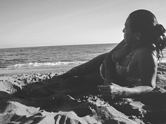 Tarde en la playa (pinhead1769) Tags: summer sun blancoynegro sol beach relax blackwhite august playa agosto verano costadelsol descanso rincóndelavictoria bwdreams